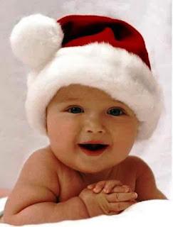 Foto-bayi-dan-topi-santa-lucu-banget