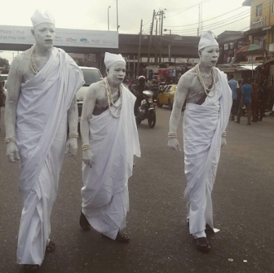 Photos of The Famous Three Wise Men Walk the Streets of Lagos This Morning