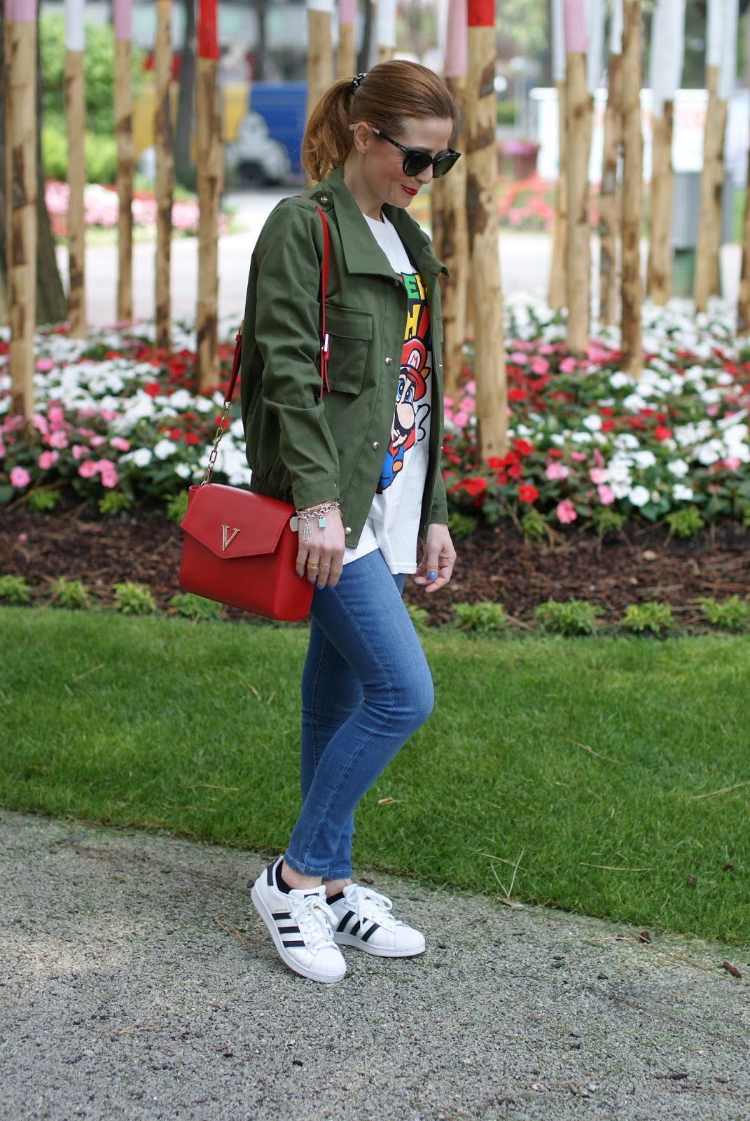Moschino Super Moschino t-shirt with Super Mario bros, Lookbook Store army green jacket and adidas superstar sneakers on Fashion and Cookies fashion blog, fashion blogger style
