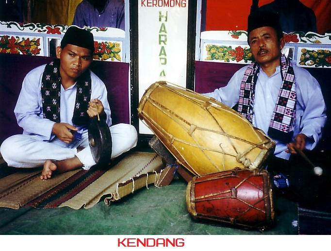 10 Alat Musik Betawi Jakarta Beserta Foto Gambar