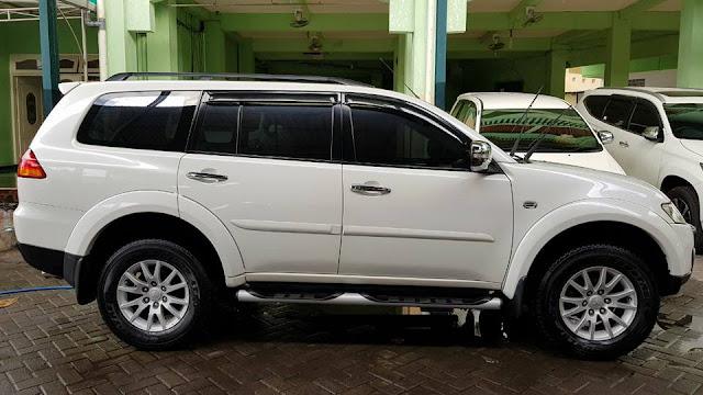harga mobil Mitsubishi Pajero tahun 2012