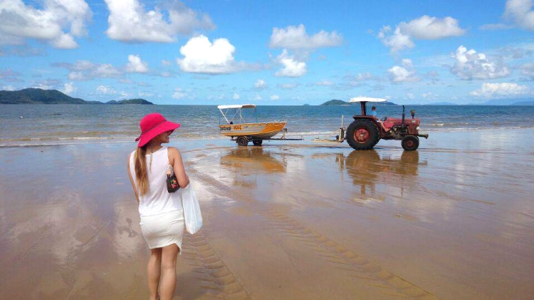 boat hire, Mission Beach, Australia, Euriental