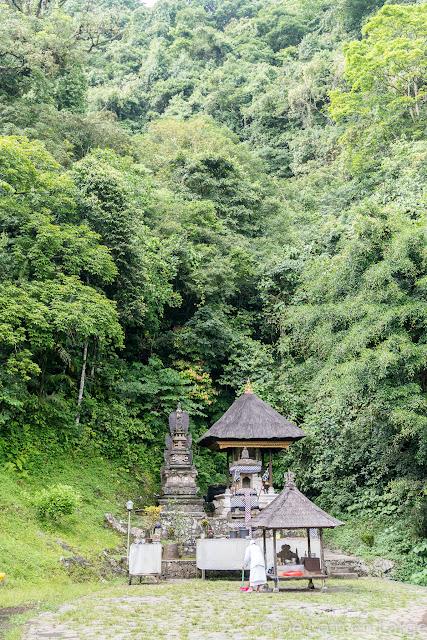 Telaga Emas - Gunung Lempuyang - Bali