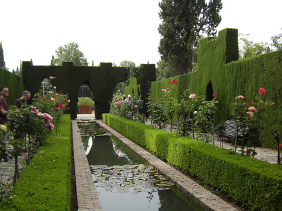 Delirio andalus la alhambra un lujo para la vista un for Jardines de gomerez granada
