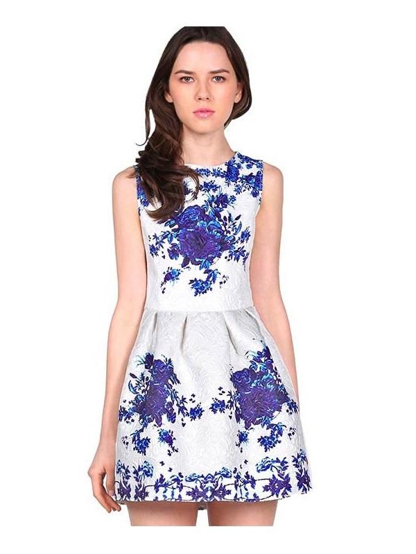 Zapatos para combinar con vestido azul y blanco
