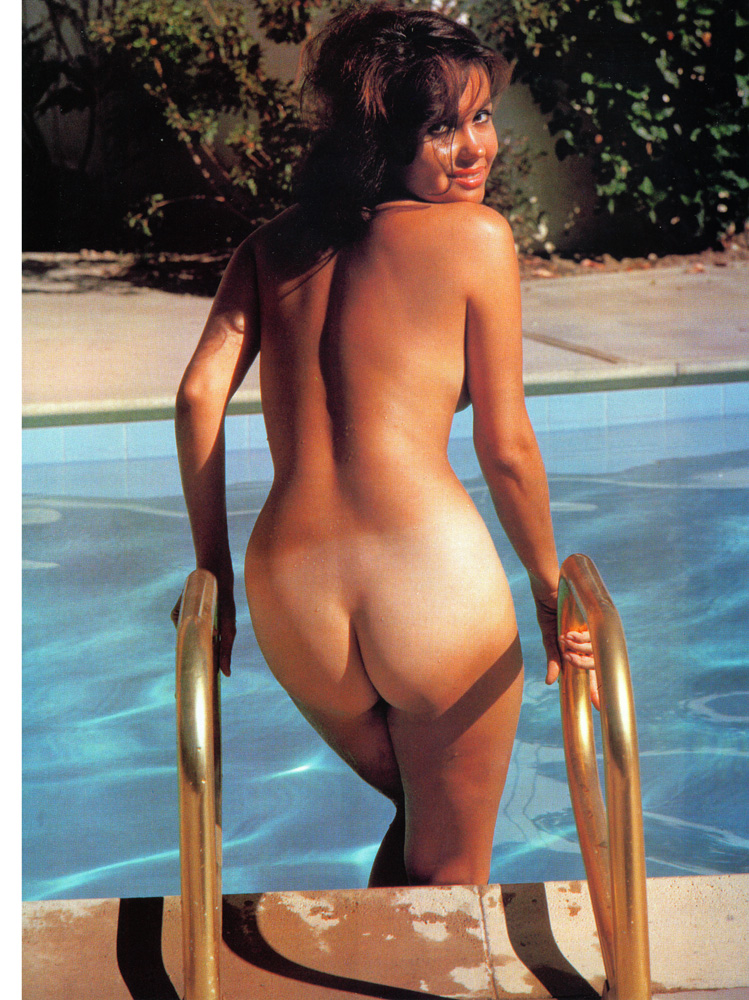 Amanda peet nude the whole nine yards - 3 part 4