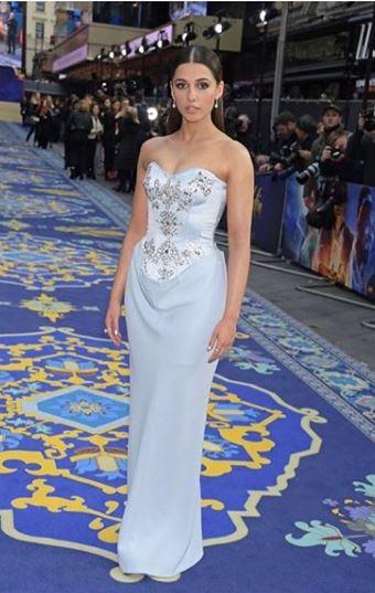 Naomi Scott em Aladdin estreia