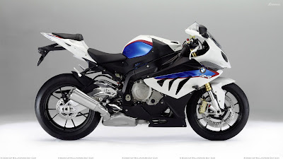 BMW S1000RR side picture