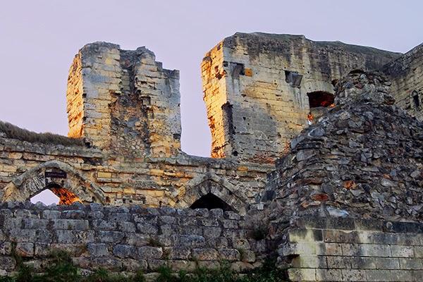 valkenburg ruins