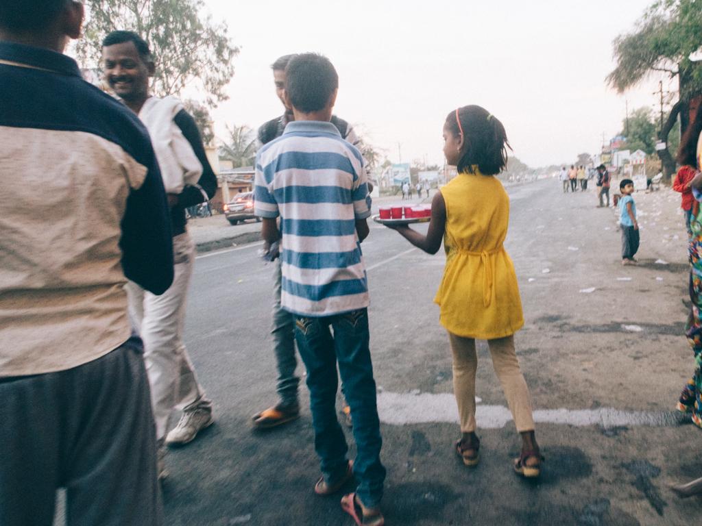 ahmednagar muslim Qamar ejaz, ahmednagar mushaira, 10/09/2016, con dr qamar suroor,  muslim girls vs christian girls vs hindu girls beauty contest - duration: 3:01.