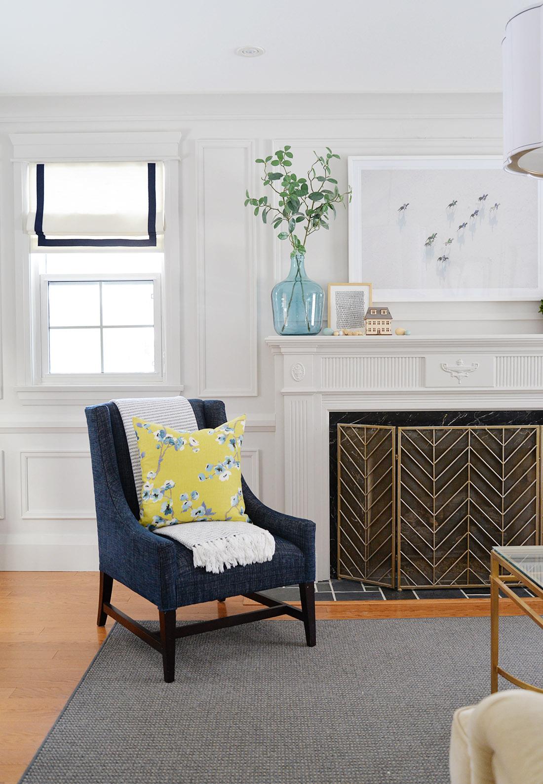 fireplace mantel decor ideas, how to decorate your fireplace mantel, fireplace greenery, spring mantel ideas