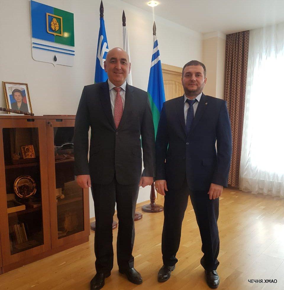 В ходе рабочей встречи, были достигнуты договоренности о сотрудничестве и поддержании тесных связей между представительством Чеченской республики в ХМАО-Югре и администрацией города Когалым.