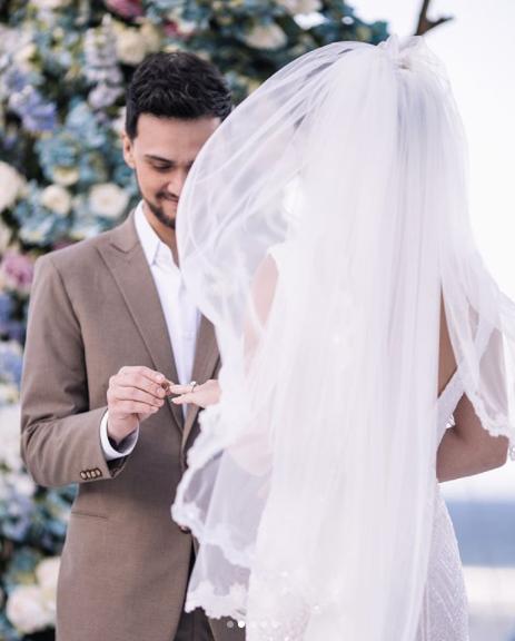 Billy Crawford Coleen Garcia Share Wedding Images