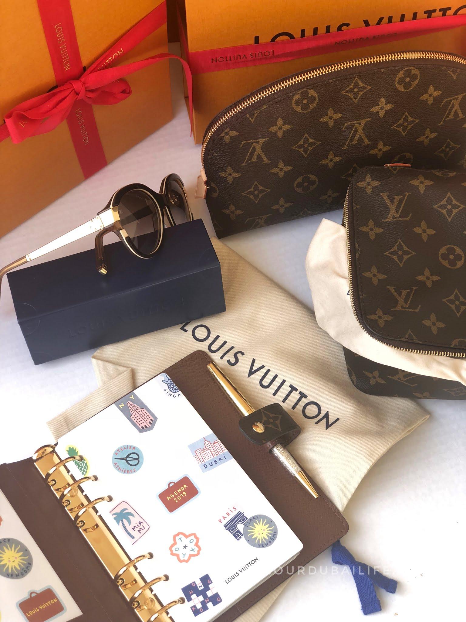 Luxury XMAS presents sunglasses cosmetic bag and agenda