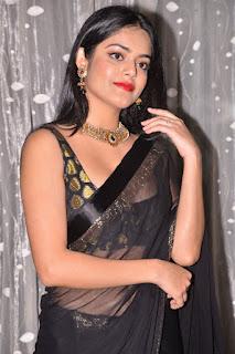 riddhi kumar at sobhan babu awards 2019 9