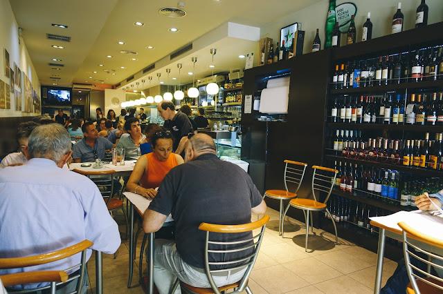 カフェ・サンティアゴ・エフ(Café Santiago F)