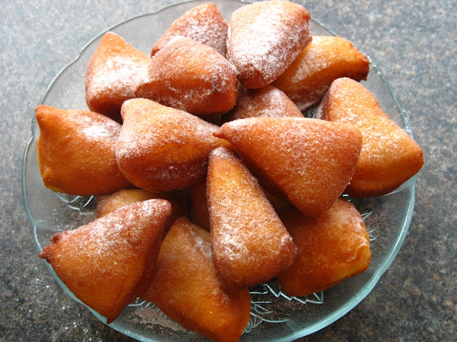 What to Eat for Breakfast: Mandazi with Tea