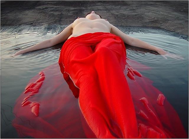 Dama de vermelho - 5 2