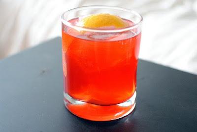 Ly cocktail Campari