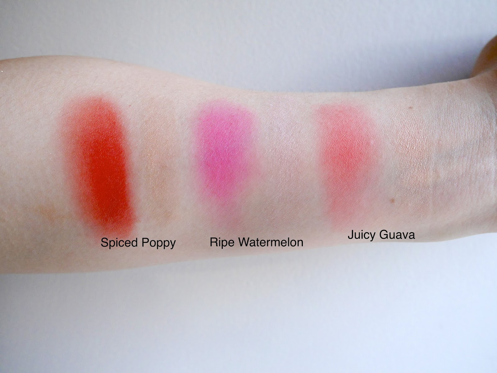 mary kay cheek duos spiced poppy ripe watermelon juicy guava swatch