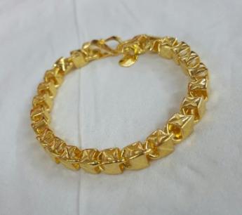 model gelang emas 24 karat terbaru