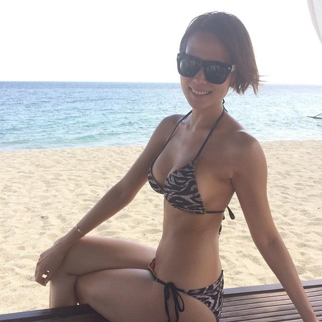 bianca manalo sexy beach bikini pics 04