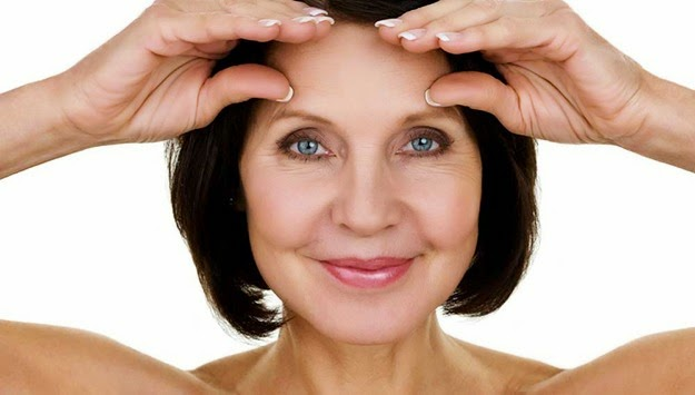 All Eyes On Topokine - Bringing You The Topical Under Eye Flab