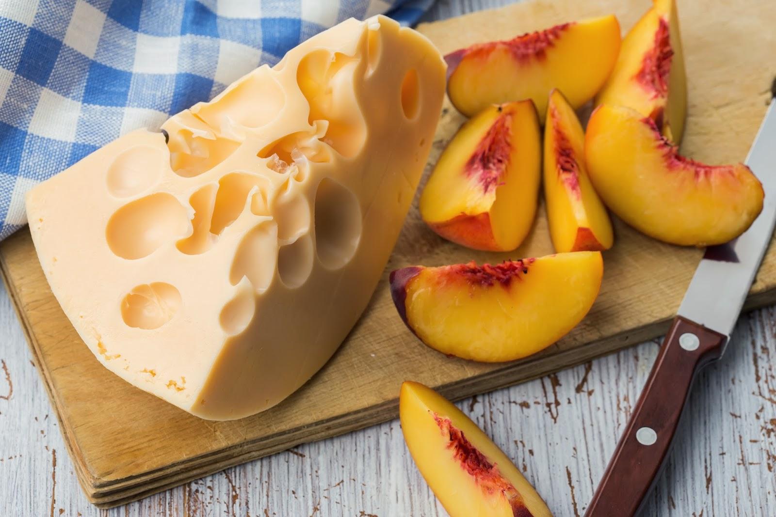 Crispy Peaches & Swiss salad