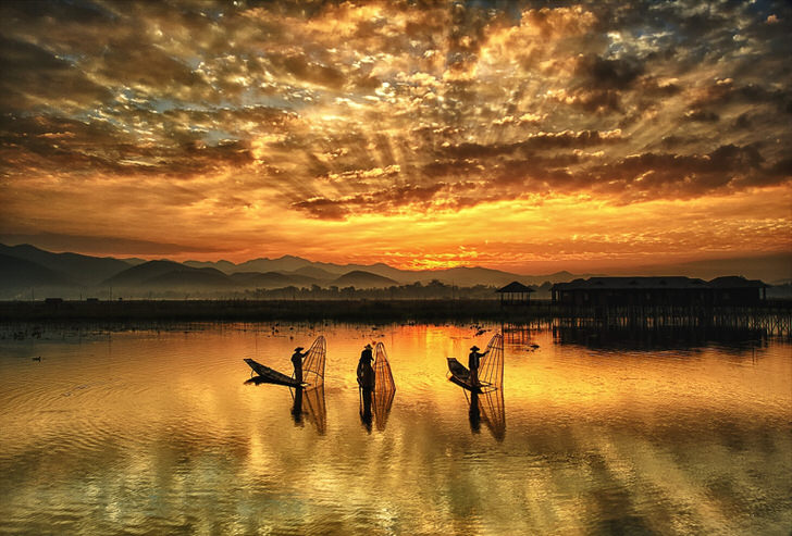 The 10 Most Amazing Watery Wonders Around The World - Inle Lake (Myanmar)