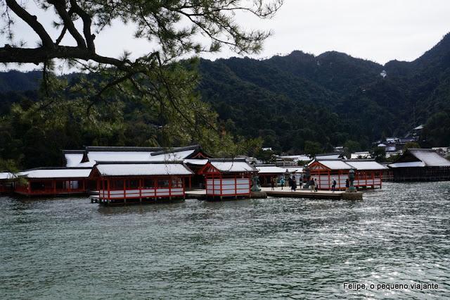 Itsuku-shima Jinja
