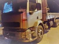 Caminhoneiro é preso na Paraíba após pôr carros para fora da pista e admitir uso de droga