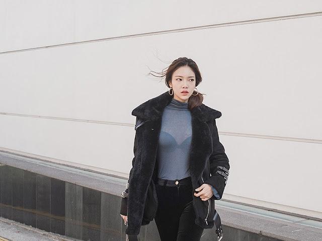 Park Jung Yoon - Black Velvet Jeans Black Boots