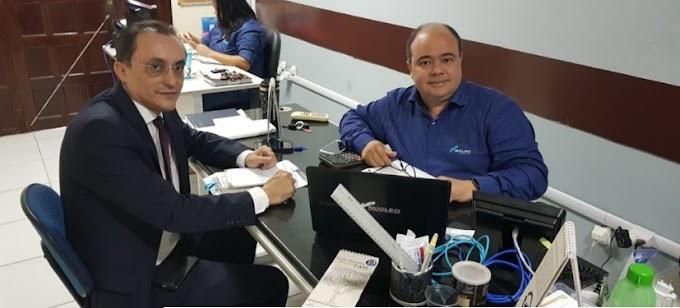 Souza se reúne com gerente da Núcleo e tem garantia de videomonitoramento para Areia Branca e Governador Dix-sept Rosado.