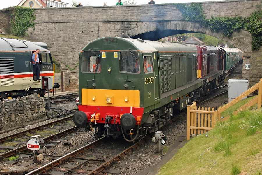 47s And Other Classic Power At Southampton  Swanage Diesel