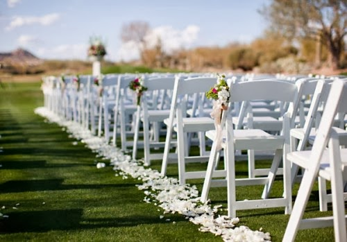 As You Wish Floral Design: Lining The Sides Of Your Aisle