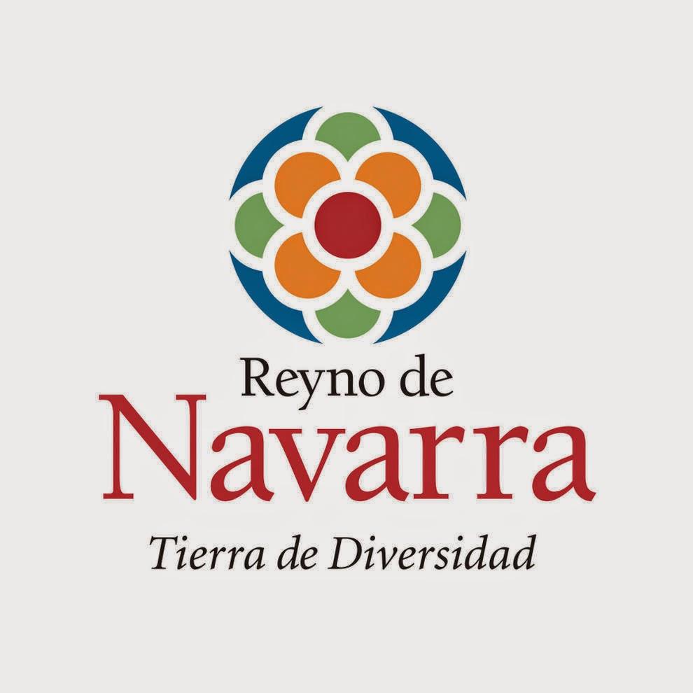 """1ª  """"La Diversidad de Navarra""""  Con esta campaña, que duró desde 2001 hasta 2008, se quiso dar a conocer, la diversidad de la oferta turística que Navarra ofrecía a los turistas, así como la variedad de pueblos, valles y  patrimonio turístico, que  la Comunidad Foral del viejo Reyno, oferta para conocer y visitar.   2ª  """"Navarra  Maneras de  Vivir""""  La segunda campaña que se creó fue  con el eslogan, """"Navarra  Maneras de  Vivir"""".  Esta campaña, ayudada por la famosa canción, se intentó captar la atención de los visitantes y turistas,  para atraerlos en sus periodos vacacionales, ofreciéndoles los atractivos turísticos  que Navarra ofrece.   Esta campaña se utilizó entre 2009  y 2010.  www.casaruralurbasa.com"""