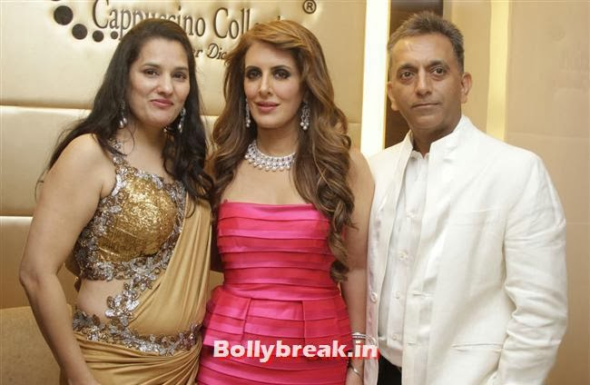 Jyoti Shah, Pria Kataaria Puri and Manish Shah, Aarti Chabria & Pria Kataria Puri at The Cappuccino Collection Store Launch