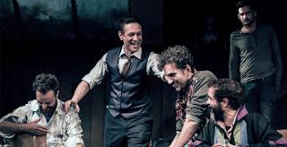 """""""Ο φάρος"""" του Κόνορ Μακφέρσον, σε σκηνοθεσία Κωνσταντίνου Μαρκουλάκη."""