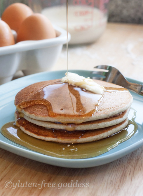 Gluten-Free Pancakes and Maple Syrup - for a gluten-free diet