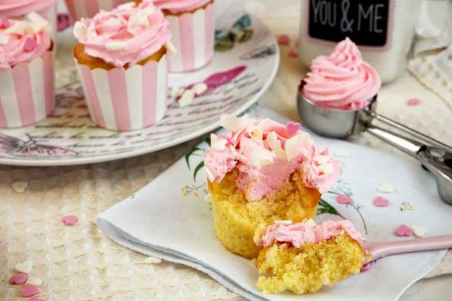 cupcakes de helado de fresa o sabor frigopie