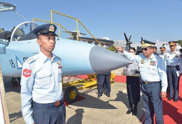 Поставки оружия в вотчину Китая - Бирму/Мьянму. Экскурс в историю страны.