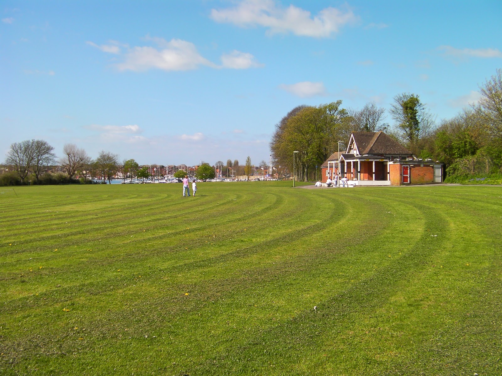 cricket club pavilion by fareham creek