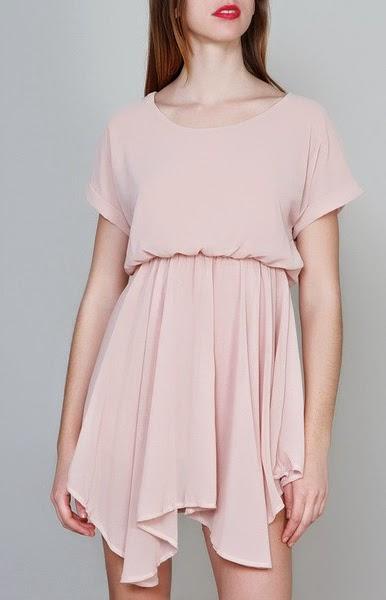 Vestido de gasa con largo asimétrico