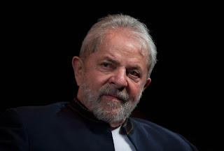 Ministro nega pedido de Lula para evitar prisão e submete decisão final ao plenário do STF