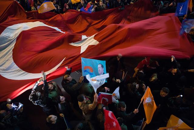 Ο δικτάτορας Ερντογάν και οι ευθύνες του τουρκικού λαού
