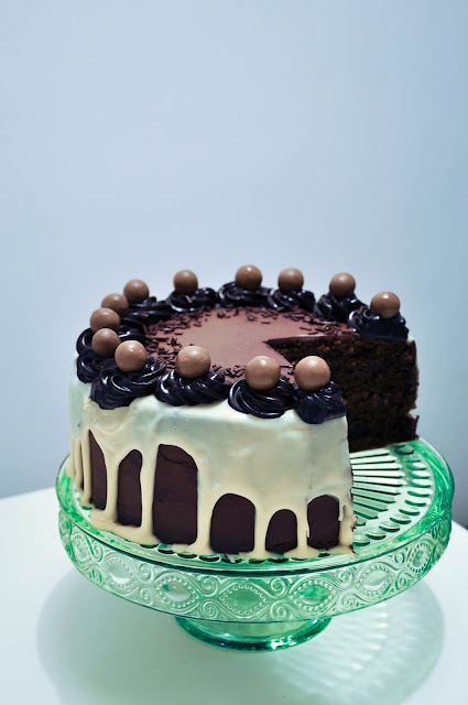 DAIM AND MALTESERS CHOCOLATE CAKE