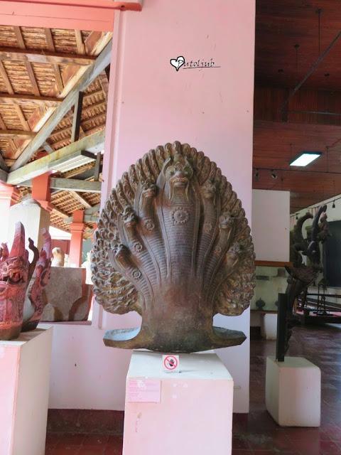 naga-mitska zmija