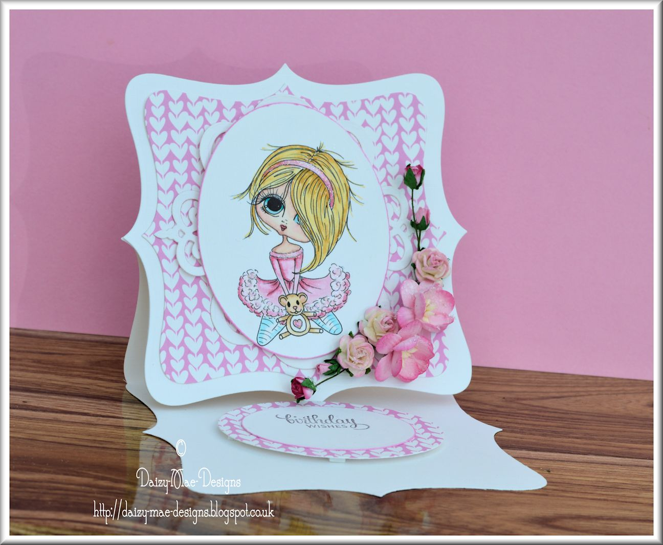 Birthday, pink, hearts, easel card
