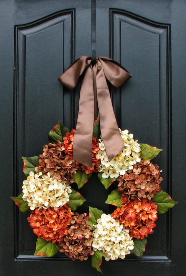 dried hydrangea wreath for your door @hearthandmadeuk -I love this illustration. I used it last year in my autumn journal and you can download the illustration from this flickr account. Hello October! Come on over and discover 25 things to do this October!! Make Crockpot Cider. This image is a fabulous example of all that is lovely about Fall/Autumn. I love that I live in a world where there are seasons! The red apples and cinnamon sticks are perfect scents for the season.