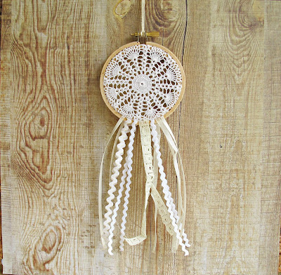 image dreamcatcher dream catcher vintage doily lace ribbons ric rac domum vindemia shabby chic rustic